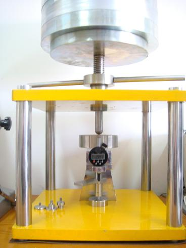 Compressibility & Recovery Testing Machine